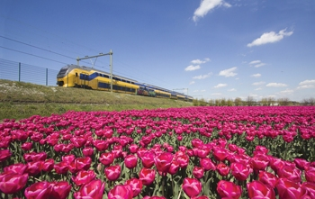 Natural Awakenings Eco Briefs: Wind-Powered Trains in Holland