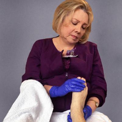 Foot Reflexology Session w/Aromatherapy